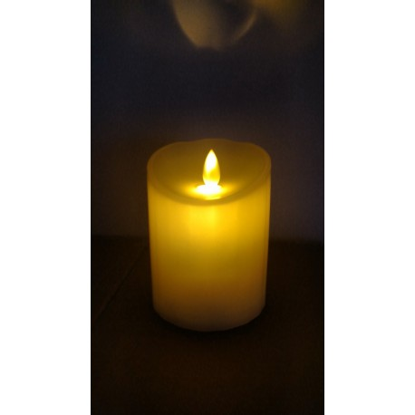 Świeca LED z ruchomym płomieniem
